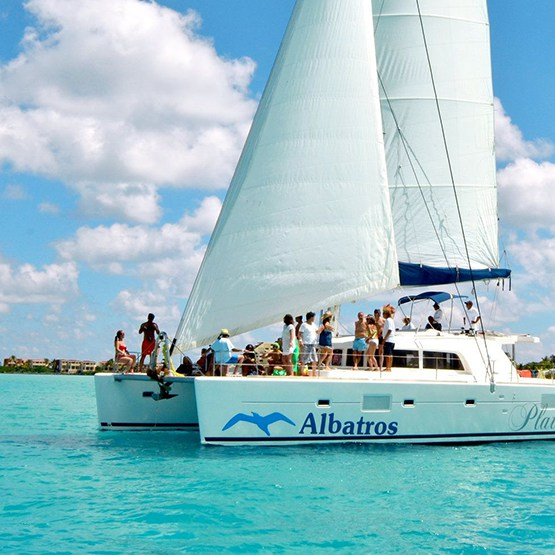 Isla Mujeres Catamaran Tour 32% Off