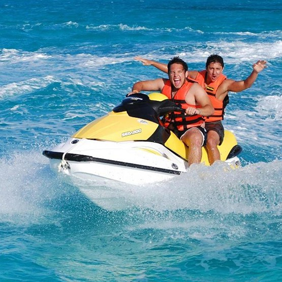 Cancun Waverunner
